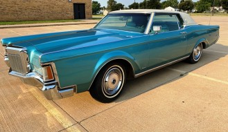1971 Lincoln Mark 3- 2 S **NO RESERVE**