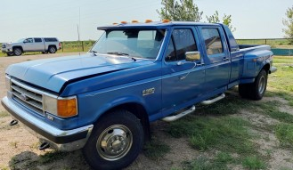 1989 Ford F350 Pickup **No Reserve**