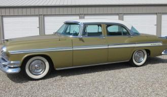 1955 Chrysler Deluxe New Yorker